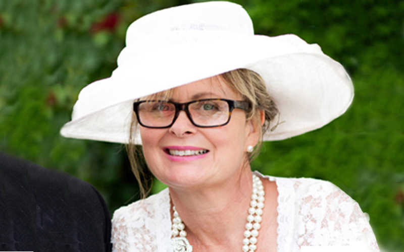 Wedding Celebrant Susan du Jary