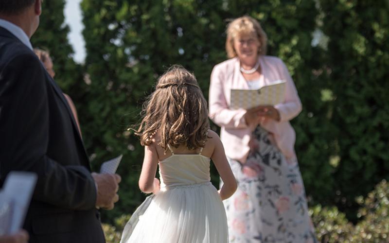 Celebrant Hawkes Bay Wedding Lynne Burnside